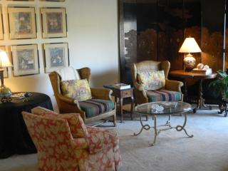 Nicely furnished condo! Tennis-Pool-Hot Tub - Palm Springs vacation rentals