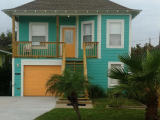 Blue Crab Bungalow - Galveston vacation rentals