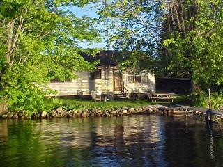 LAKE ESCAPE ,Upper Rideau Lake,Westport Ontario - Westport vacation rentals