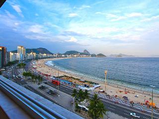 OCEANFRONT 2 BEDROOM COPACABANA - Rio de Janeiro vacation rentals