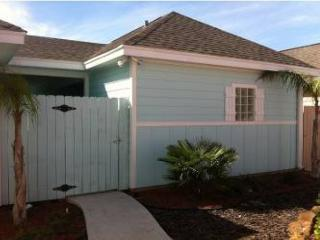 Brand new 2 bedroom condo with slope entry community pool! - Port Aransas vacation rentals