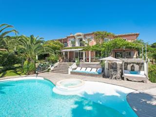 Luxurious villa sea view swimming pool near beach - Gassin vacation rentals