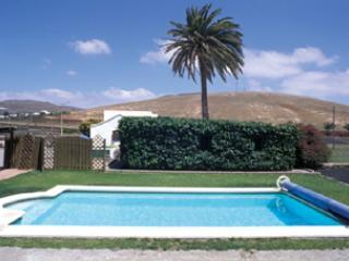 Heated Pool and Sunbathing Area - Casa Barranco | Rural Villas - Los Valles - rentals