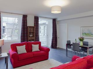 New Town Boutique @ Northumberland Street - Edinburgh & Lothians vacation rentals