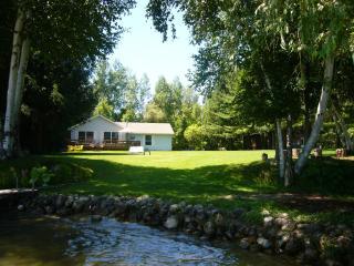 The Hideaway on Lake Leelanau - Cedar vacation rentals