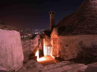 Itally - Apulia - Alberobello - Trulli with garden - Alberobello vacation rentals