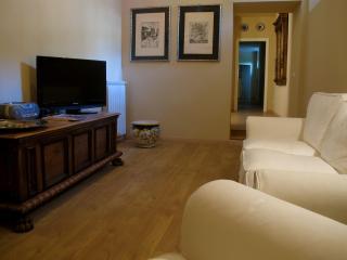 B&B TUTTIDAMARI ROOM  SOCRATE - Rome vacation rentals