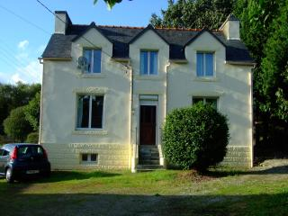 TirNaNog  Ideal Family Holiday Home - Finistere vacation rentals