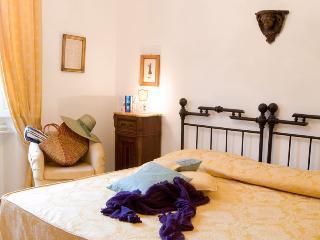 Casale Oliveta - Pettirosso - Poggiarello vacation rentals