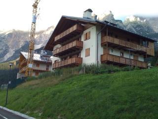 Casa Vittoria in montagna - San Vito Di Cadore vacation rentals