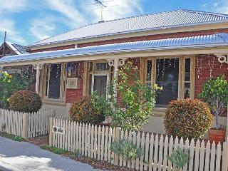 The Lilly House - South Fremantle vacation rentals