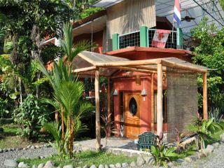 TWO BEDROOM GARDEN VIEW CONDO - Quepos vacation rentals