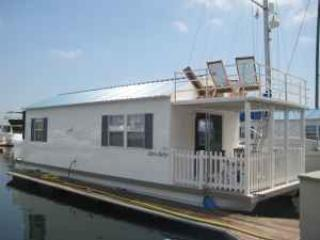 Super Unique Houseboat - Free Parking and WiFi - Medford vacation rentals