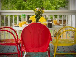 Hilltop Hideaway - Walk To Downtown - Austin vacation rentals