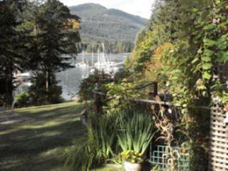 Fulford Dunderry: Dublin Rm - twin beds - Salt Spring Island vacation rentals