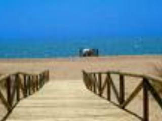 Boardwalk to the stunning beach.  Just a stroll away from the house. - Casa de la Luz - Province of Huelva - rentals