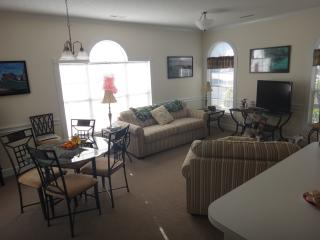 Aug & Sept Special!! 1BR, Full Kitchen, WiFi, Pool - Myrtle Beach vacation rentals