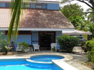 Quiet getaway - Playa Panama vacation rentals