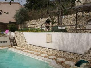 Quiet villa with private pool near Gordes Provence - Joucas vacation rentals
