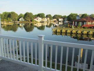 Canal front 5 bdrm retreat 5 min from OCMD beaches - Ocean City vacation rentals