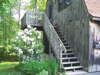A place by the lake to delight all your senses - Connecticut vacation rentals