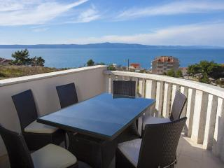 Apartments Filipovic  A2 - Podgora vacation rentals