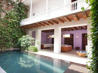 5 Bedroom Mansion with Swimming Pool in the Old Town - Cartagena vacation rentals