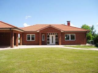 Vacation Home in Zarrentin - 1292 sqft, comfortable, modern, spacious (# 3796) - Neuhof vacation rentals