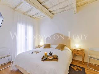 Don Giovanni - Windows on Italy - Florence vacation rentals