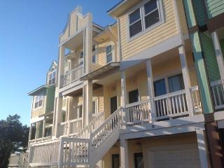 Cambridge Cove 3 Bedroom, 3 Night Min, Waterpark - Kill Devil Hills vacation rentals