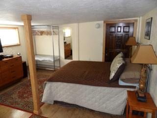Studio-Z-Guesthouse_Great downtown Eugene location - Willamette Valley vacation rentals