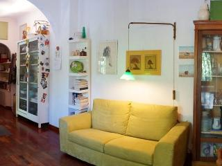 Cosy And Bright Central Apartment With Park View - Rome vacation rentals