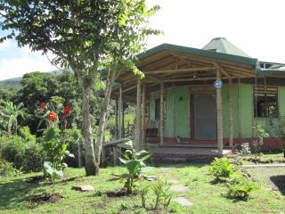 Bambu casita - Alajuela vacation rentals