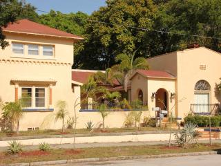Lake Maggiore Bed & Breakfast - Florida North Central Gulf Coast vacation rentals