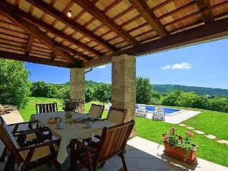 Casa Garibaldi - vacation in the heart of nature - Vizinada vacation rentals