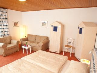 Meierei Haffkrug, Appt. Springflut - Germany vacation rentals