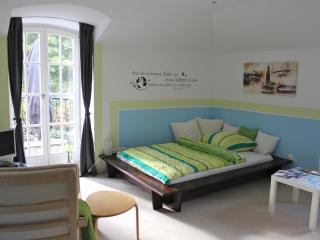 Dream Rooms in Villa with Breakfast&Balcony - Ahrensburg vacation rentals