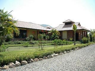 Kinkala 1-Bedroom Garden Apartment 1 - Chiang Mai vacation rentals