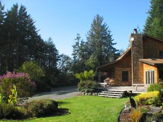 Idyllic Log Home Near Coast - Trinidad vacation rentals