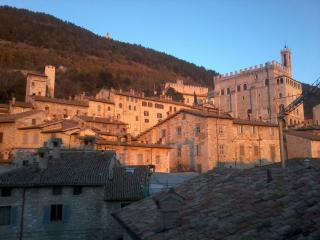 Wonderful apartment with stunning view - Gubbio vacation rentals