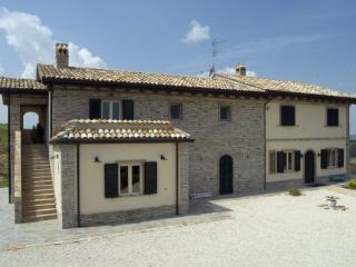 Room Papavero - Civitanova Marche vacation rentals