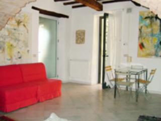 Casa d'Artista in a Medieval Town and nice garden - Scarlino vacation rentals
