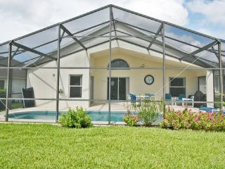 Beautiful Disney Home with Private Pool and Wifi - Welaka vacation rentals