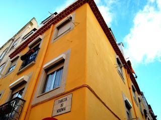 Casinha do Príncipe - Lisbon Cosy Apartment - Lisbon vacation rentals