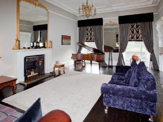 Hillside Townhouse - Edinburgh vacation rentals