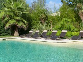 Charming holiday home - Pouillon vacation rentals