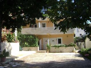 Apartments Plaza A4 - Bisevo vacation rentals