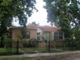 EXTERIOR - Small Independant Private 1/1 Apt In House - North Miami Beach - rentals