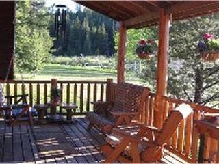 Forest Edge LODGE MINUTES FROM YELLOWSTONE PARK. - West Yellowstone vacation rentals
