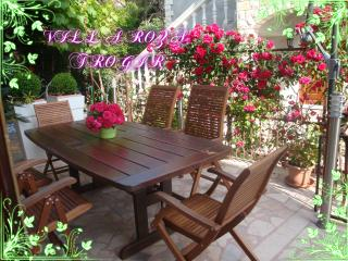 Villa Roza-Luxury apartment -relaxing atmospfere - Trogir vacation rentals